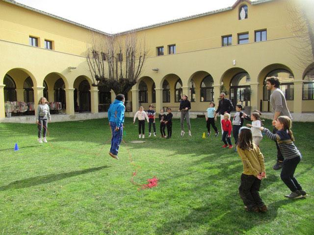 photo activité capoeira organisé par MOM'CLOÎTRE